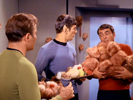 trouble-with-tribbles-09