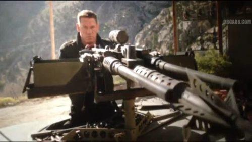 Colonnello con mitragliatrice
