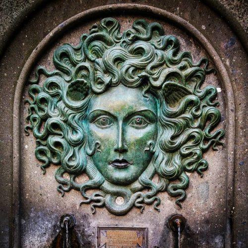 Fontana della Gorgone